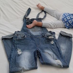 Almost famous distressed overalls
